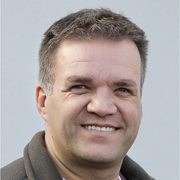 Dr. Thomas Göbel